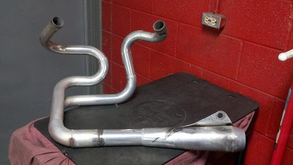 Buell Forum: 96-98 FORCE EXHAUST PIPE
