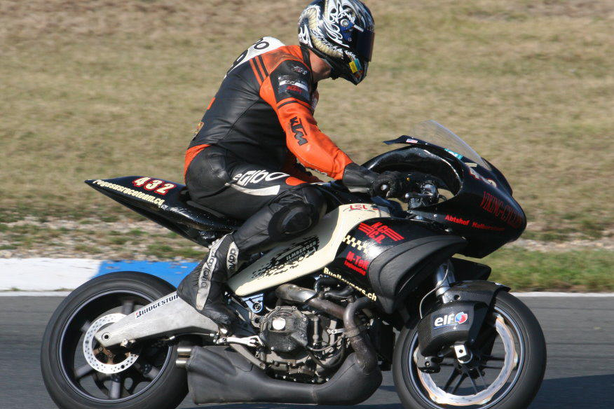 Erik Buell Racing - Page 2 529842