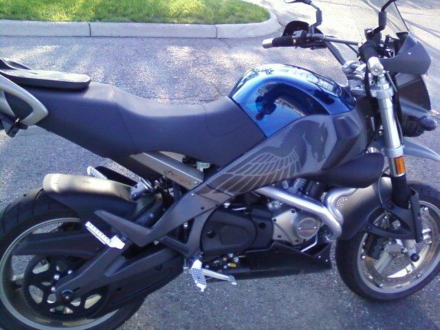 Shinko 009 Ravens on bike