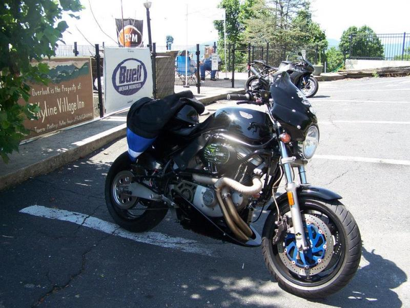 2000 Buell M2 Cyclone with a bunch of customizations