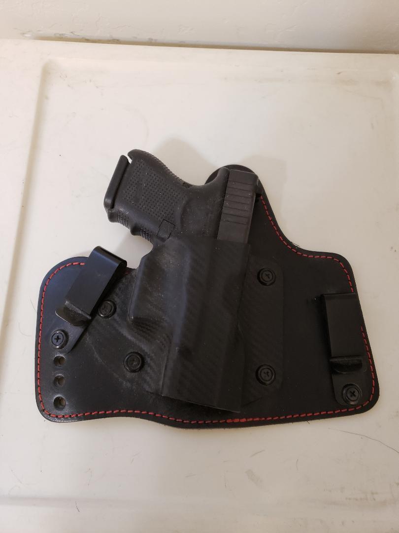 Glock 26 in Triple T holster