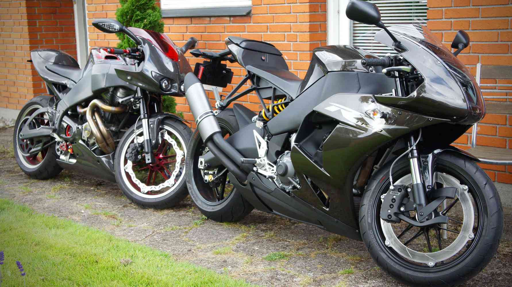EBR 1190RX and XB12R carbon